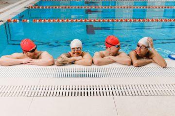 czepek na basenie