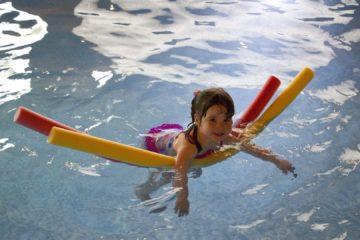Makaron pływacki do nauki pływania
